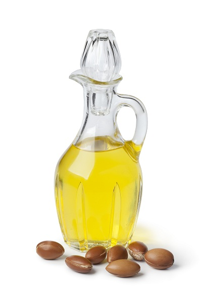 Argan oil and nuts