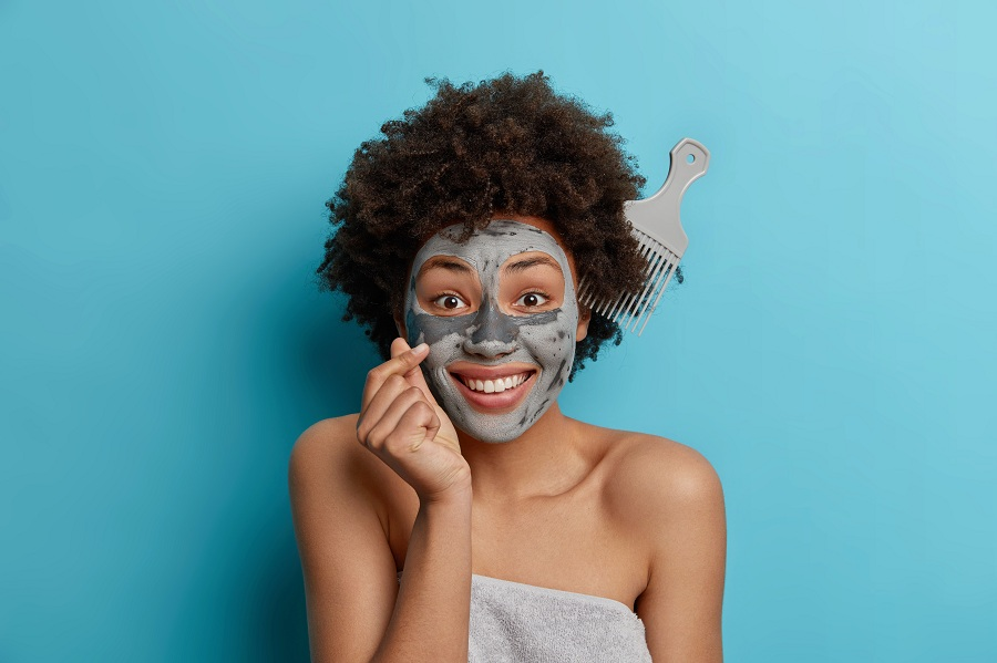 Facial clay mask for skincare