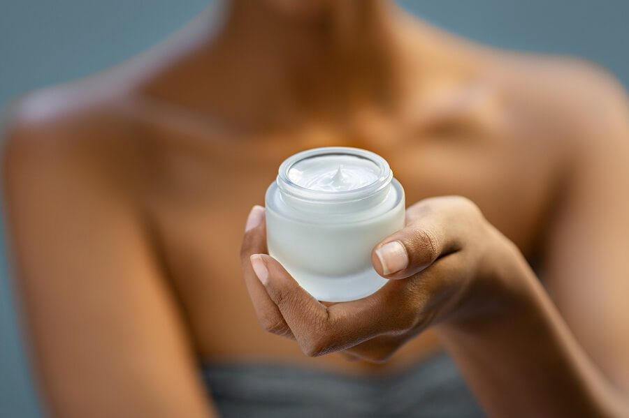 beauty moisturizer for the neck to prevent acne