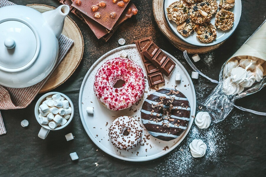 donuts-chocolate-meringue-and-cookies