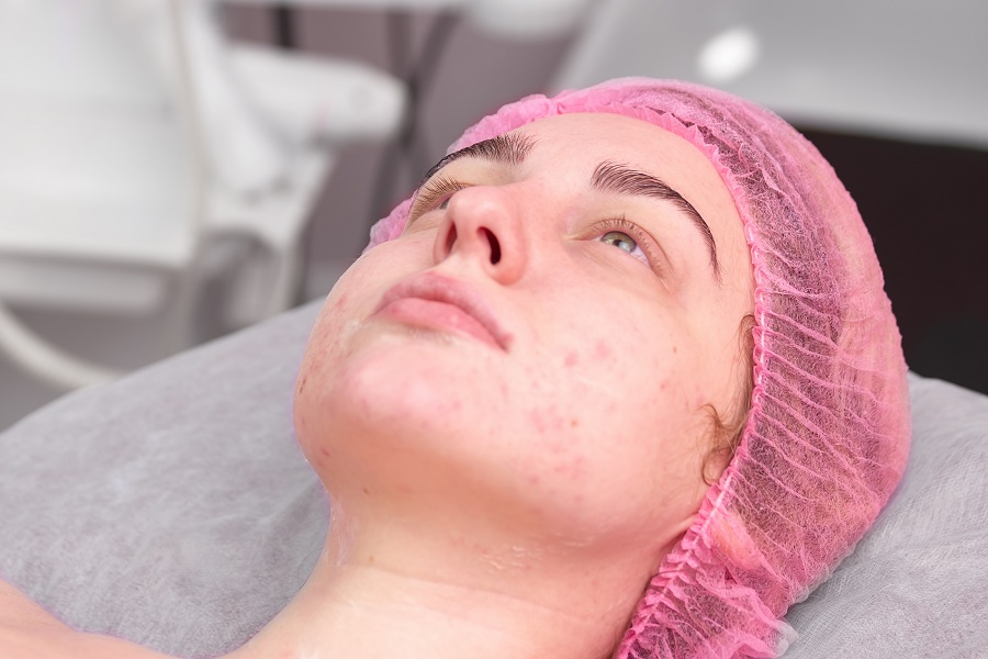 patient with skin problems at a beauty clinic