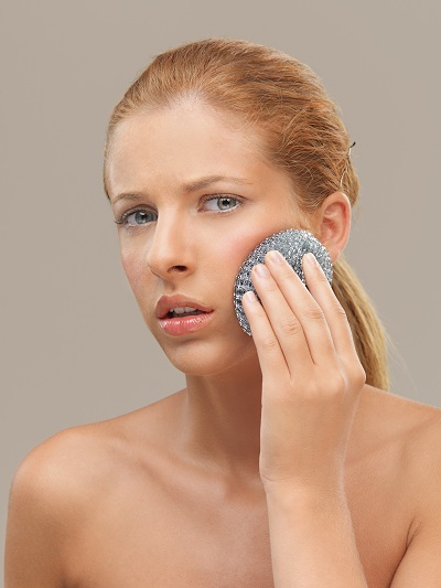 woman experiencing dry skin dilemma